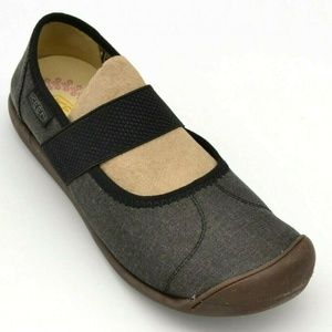 Keen Sienna Canvas Mary Jane Casual Shoe 7 New